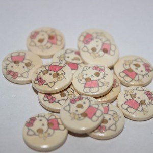Nasturi din lemn Hello Kitty - 14 mm